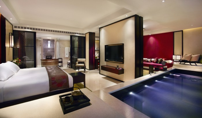 Banyan_tree_Grand_Cotai_Suite_bedroom