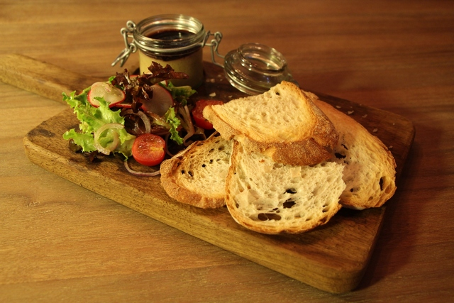 dining common room foiegras1