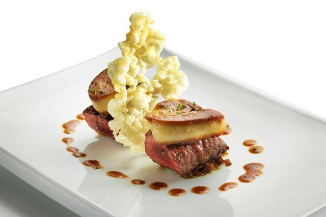 Dining Supergiant Tenderloin with Duck Foie Gras